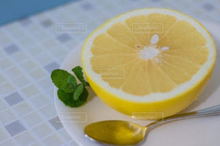 オレンジのスライスの写真・画像素材[1763873]