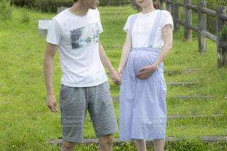 公園,屋外,晴れ,散歩,外,夫婦,妊婦,草木