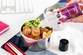 食べ物,お弁当,屋内,美容,鉄分,ミネラル,健康管理,ミネラル補給,ベースミネラル