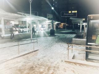 建物,雪,白,駅,地面,駅前,鉄道,通り,ホワイト,積雪,ロータリー,待合せ