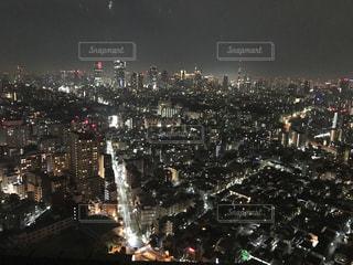 夜の街の景色の写真・画像素材[1681919]