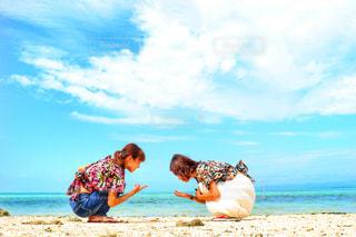 海,空,雲,旅行,おそろい,友達,沖縄旅行,双子コーデ,星の砂,夏日,夏服,半袖,半そで