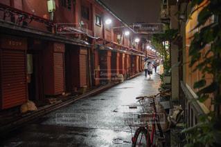 雨の日の浅草の写真・画像素材[2177622]