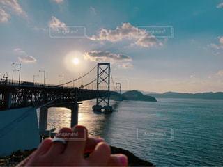 恋人,海,空,夕日,橋,カップル,太陽,手,指輪,山,光,指
