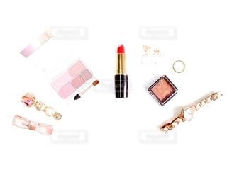 アクセサリー,ピンク,腕時計,口紅,指輪,時計,リボン,リング,メイク,イヤリング,美容,ブラウン,リップ,コスメ,化粧品,化粧,アイシャドウ,ヘアクリップ