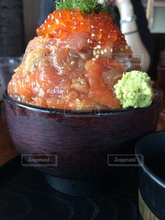 食べ物,食事,料理,外食,海鮮丼,インパクト,伊豆高原ビール,もっこり