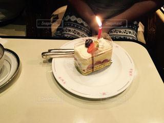 ケーキ,誕生日,お祝い,ショートケーキ,ロウソク