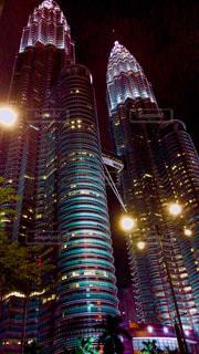 風景,空,建物,夜,夜景,屋外,ライト,マレーシア,海外旅行,ダウンタウン,ペトロナスツインタワー,ビル群,美しい景色,フォトジェニック