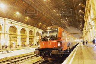 風景,屋内,駅,ヨーロッパ,キラキラ,旅行,オーストリア,海外旅行,ハンガリー,美しい景色,フォトジェニック,ヨーロッパの駅,インスタ映え,国際電車