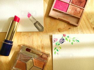 化粧品と私の作品の写真・画像素材[2137986]