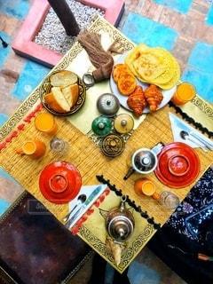 モロッコ、マラケシュのホテルの朝食。の写真・画像素材[2765484]