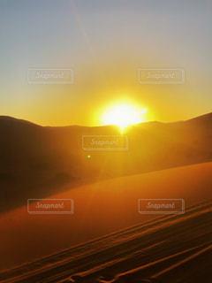 自然,空,屋外,太陽,夕暮れ,幻想的,夕方,日没,光,砂漠,日暮れ,サハラ砂漠