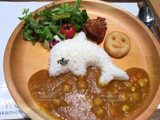 食べ物の皿の写真・画像素材[2138188]