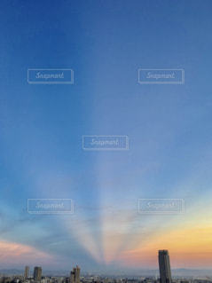反薄明光線(はんはくめいこうせん)の写真・画像素材[1861175]