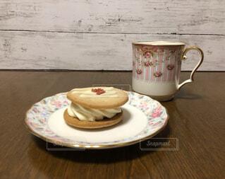 コーヒーとデザートの写真・画像素材[4357657]