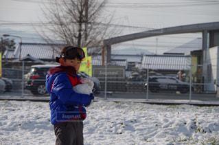 子ども,冬,雪,屋外,人物,人,少年,ホワイト