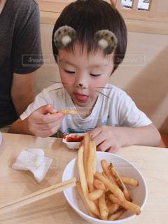 子供,お祝い,外食,美味しい,夕食,ポテト