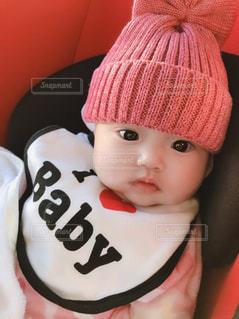 帽子をかぶった赤ちゃんの写真・画像素材[1692411]