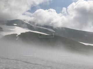 雪,白,雲,山,ガス,風,スキー場,ホワイト,銀世界,新雪,霧の中