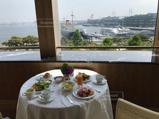 風景,朝食,旅行,港,サラダ,横浜,レストラン,ホテル,ベーコン,ラウンジ,ブレックファースト,エッグ,野菜ジュース,バイキング,ヨコハマ