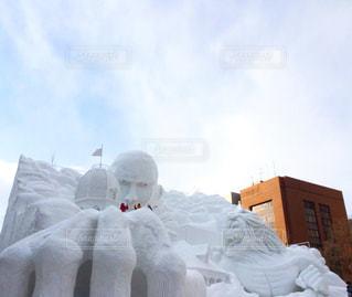 男性,空,冬,雪,屋外,北海道,人物,札幌,グループ,進撃の巨人,雪まつり,雪像
