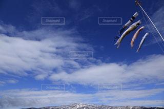 空には雲のグループの写真・画像素材[1861403]