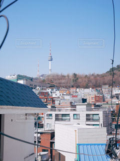 経理団通りを登ると見える南山タワーの写真・画像素材[1814491]