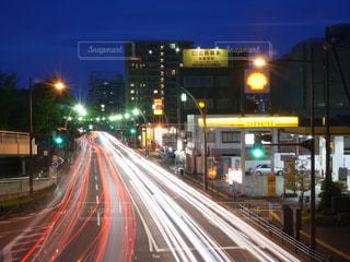 夜の高速道路の写真・画像素材[1680982]