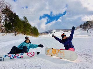 空,スポーツ,雪,太陽,晴れ,青,田舎,女の子,スノボ,ゲレンデ,快晴,スノー