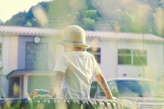 帽子,麦わら,麦わら帽子,遊び,少年,男の子,放課後