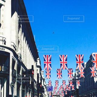 イギリスの街並みと国旗の写真・画像素材[1685289]