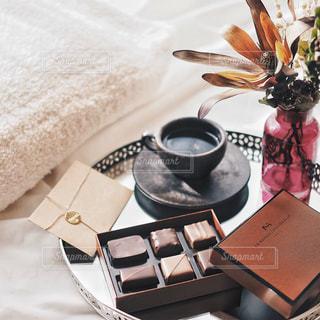 バレンタインの朝の写真・画像素材[1744518]