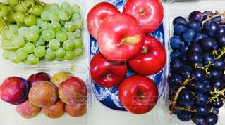 果物,りんご,ブドウ,プラム,ぶどう,実りの秋