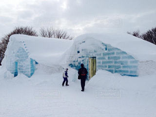 冬の旅のオススメはこの季節ならではの氷のホテル。の写真・画像素材[1806872]