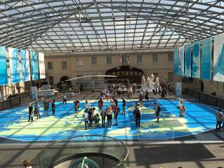 子ども,人,天井,サンルーム,陽光,地図,地球,グリニッジ,海事博物館