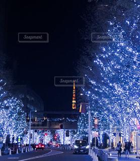 六本木イルミネーションと東京タワーの写真・画像素材[1690334]