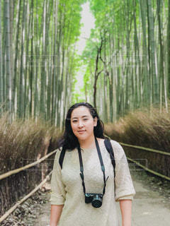 竹林と私の写真・画像素材[1690340]