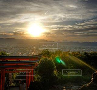 伏見稲荷神社 稲荷山からの景色の写真・画像素材[1690661]
