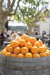 ポルトガル の小さな町のオレンジの写真・画像素材[3152797]