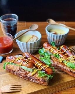 ジョンソンヴィルで朝ごパンの写真・画像素材[2508223]