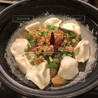 皿のご飯肉と野菜料理の写真・画像素材[1694295]