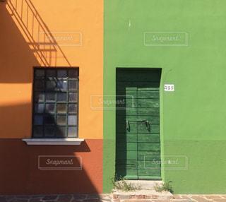 風景,緑,景色,オレンジ,観光,壁,旅行,イタリア,海外旅行,ブラーノ島