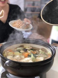 ボウルに料理人の写真・画像素材[1698843]