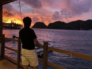 パラオの夕陽をレストランからの写真・画像素材[1701367]