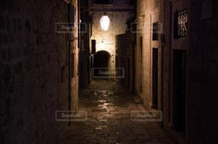 風景,夜,海外,ヨーロッパ,観光,旅行,明かり,路地,海外旅行,通り,城壁,フォトジェニック,ドブロブニク,城壁都市