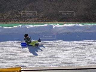 冬,雪,スキー場,ウィンタースポーツ,ソリ,園児,ソリ滑り,ソリ遊び