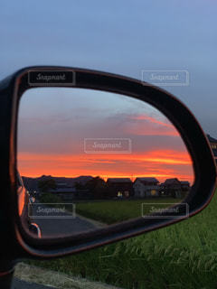 車の側面鏡の写真・画像素材[2432737]
