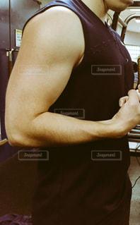 男,腕,運動,トレーニング,ジム,筋肉,筋トレ,トレーニー