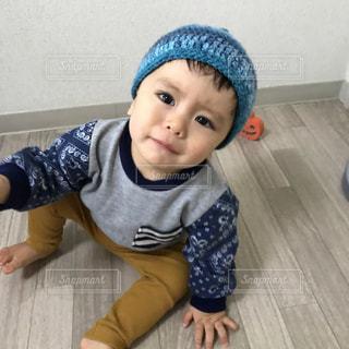 帽子をかぶった小さな男の子の写真・画像素材[1788686]