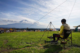 空,建物,イケメン,富士山,屋外,外,キャンプ,ポートレート,ふもとっぱら,麓
